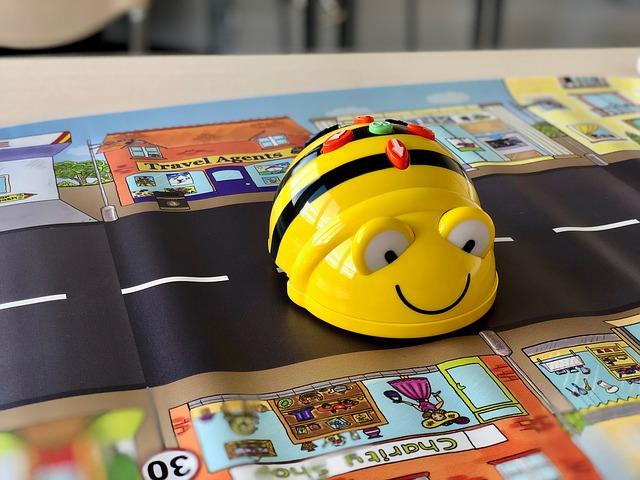 robotická včela